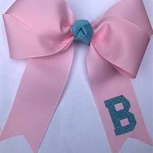 Custom Made Bows and color/combo colors